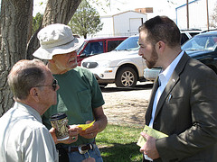 Alumnus Adam Kokesh, shown speaking to voters, lost the Republican primary in New Mexico Tuesday night.