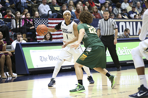 Senior guard Chakecia Miller dished out five assists with only one turnover in her final regular season game as a Colonial. GW toppled George Mason 80-45 Sunday to clinch the A-10 regular season championship. Dan Rich | Hatchet Photographer